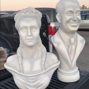 Disney Accents - Disney prop busts authentic from the park!! Female